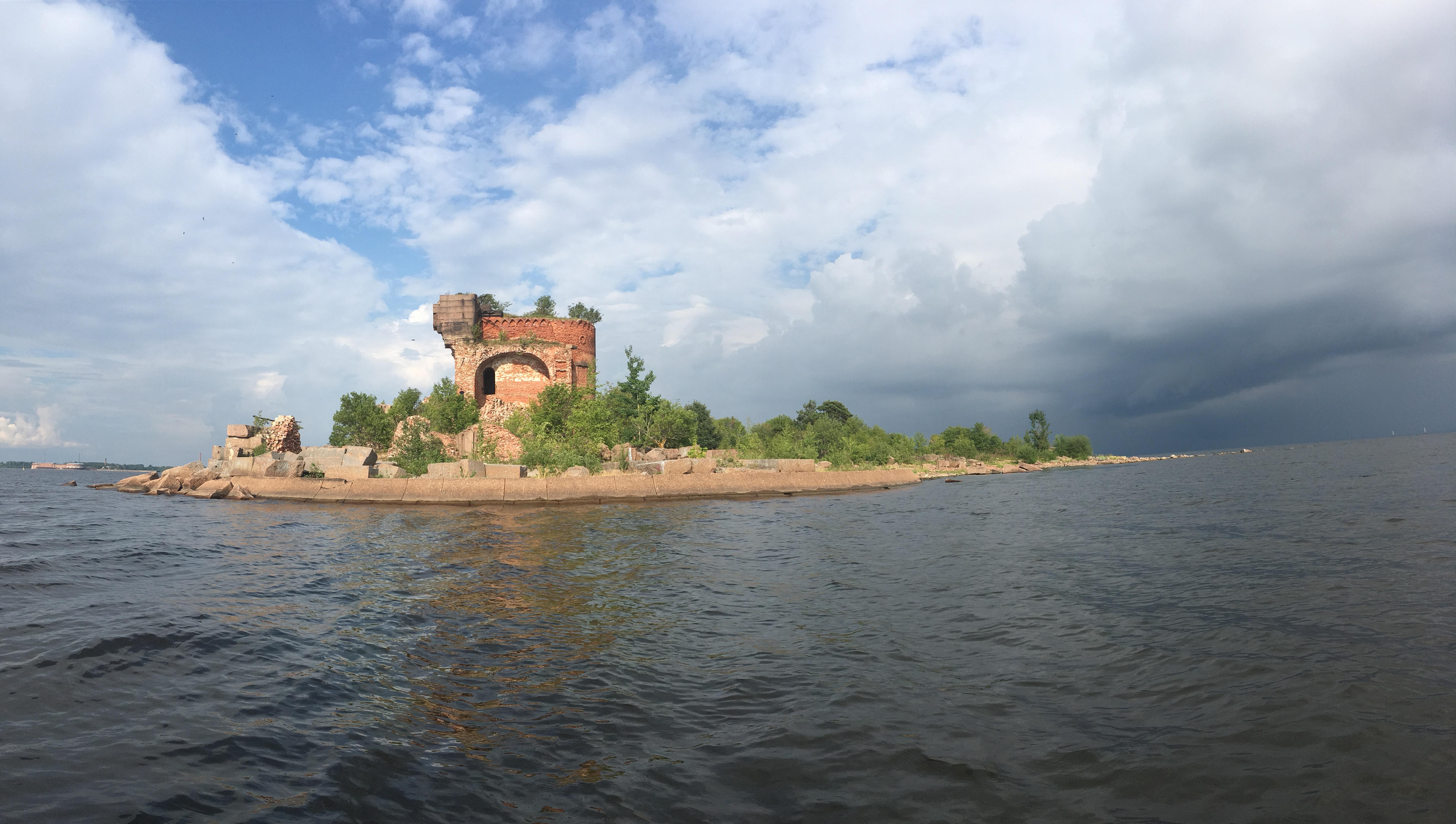 Остатки сооружений форта